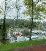 sweat pants に boots in the rain